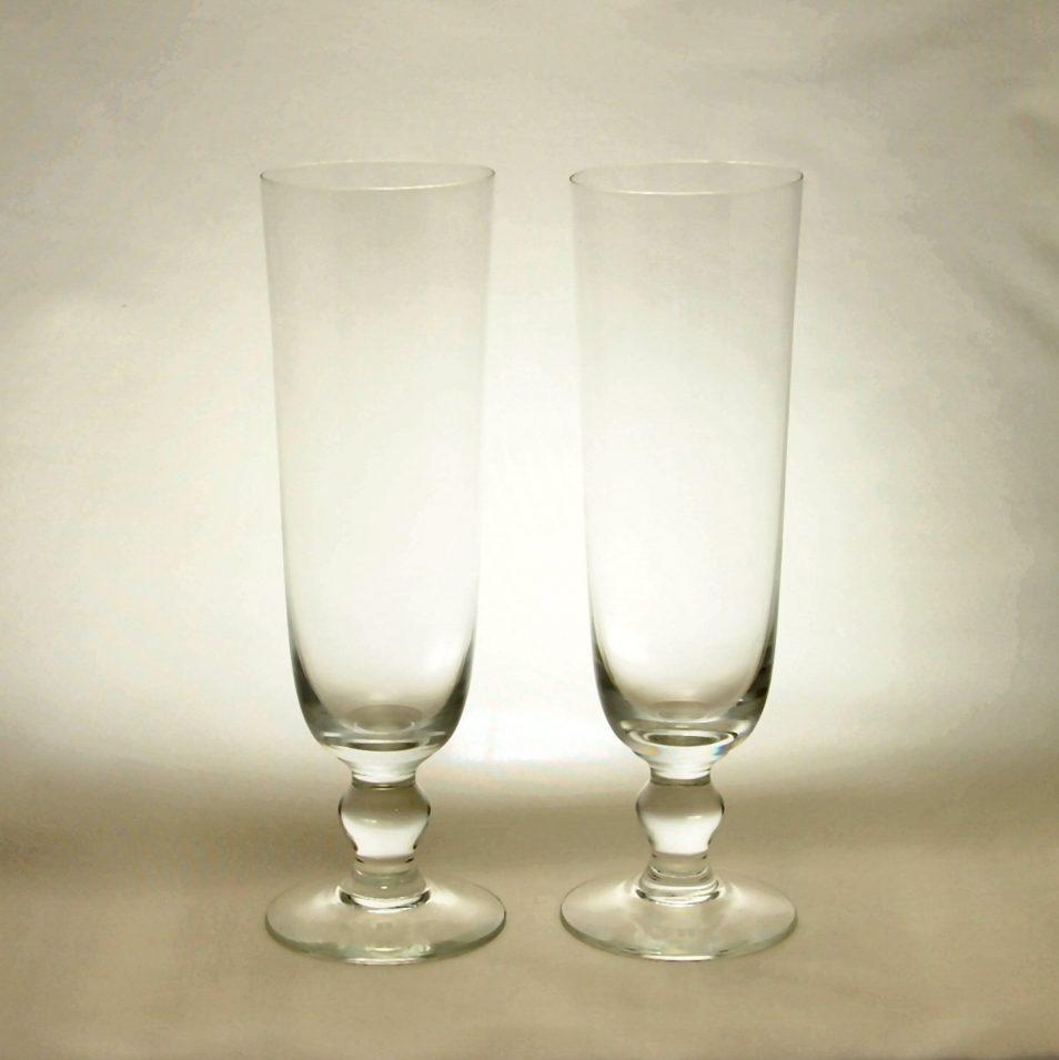 レイミューラー ビールグラス ペア REIJMYRE Bryggar Glas Pair は、ブリガグラスという名前がついたビールグラスです。レイミューラーはスウェーデン王室ご用達のガラス工房で、とても上質で気品のあるデザインと存在感のあるガラスを提供しています。